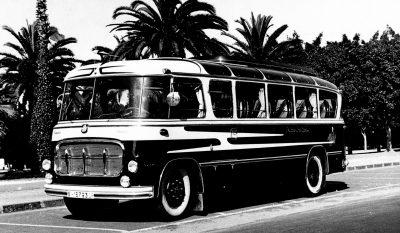 1957_Primer autocar que aportaba un diseño moderno carrozado para Auto Pullman.